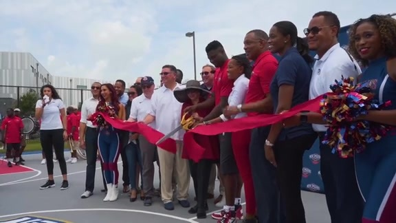 Pelicans, Zion cut the ribbon on a new basketball court for kids in New Orleans East