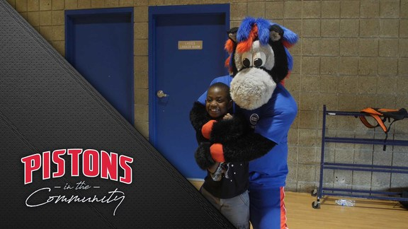 Pistons in the Community: Summer in the City Volunteer Day