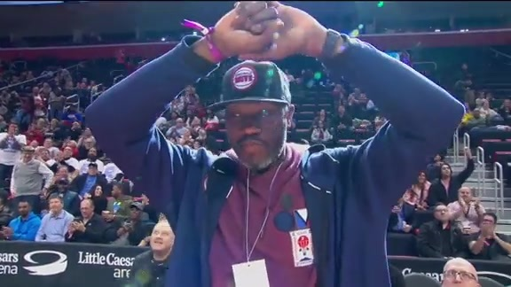 #Trending: Ben Wallace at the Knicks Game