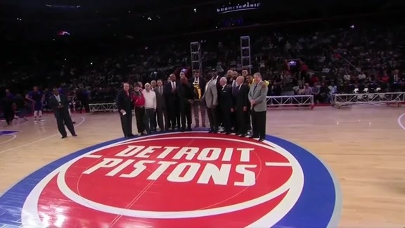 #Trending: 2004 Championship Anniversary Halftime