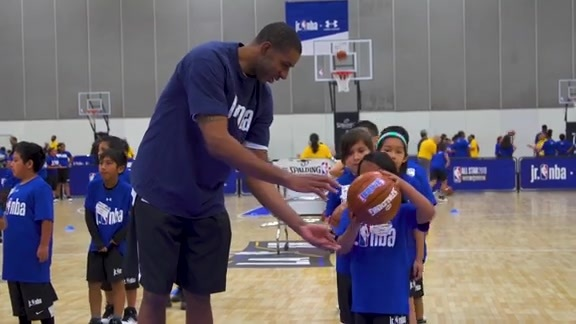 LaMarcus Aldridge at Jr. NBA Day