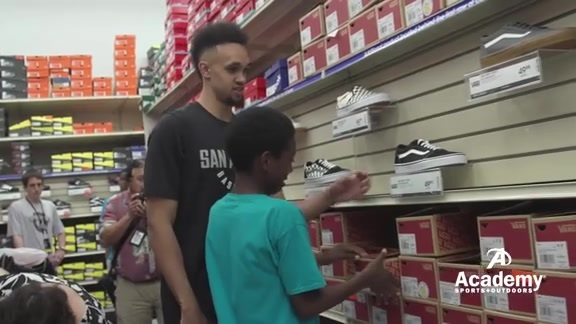 Back To School With Derrick White and Lonnie Walker IV