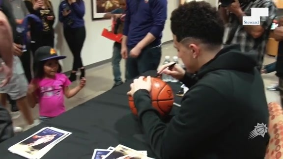 Devin Booker Meets Fans Steward Health in Phoenix