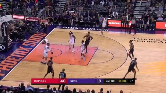 Contested 3-pointer from Kelly Oubre Jr