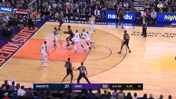 Ayton Finishes with Authority