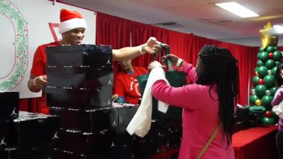 Russell Westbrook Makes Holiday Wishes Come True
