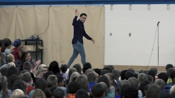 Tyus Jones Unveils New Technology Lab At Westview Elementary