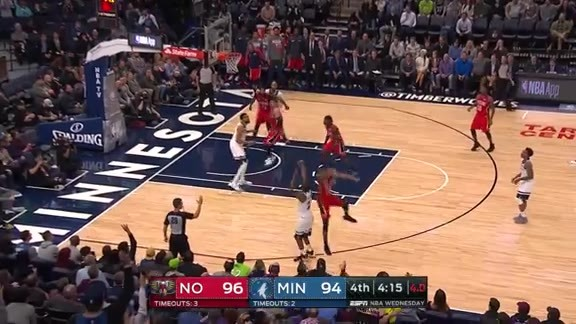 Wiggins With Huge 3-Pointer In 4th Quarter