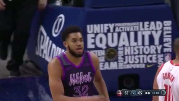 KAT Fakes The Three And Drives Down The Lane