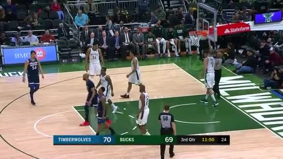Gibson With The Hoop & Harm