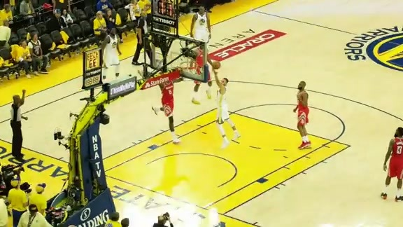 180 Degrees of Dubs: Steph with the Left