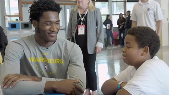 Damian Jones Hosts Get Fit Time-Out at Willie Brown