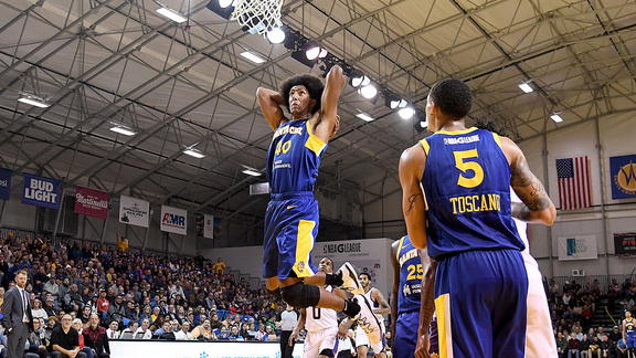 Santa Cruz Warriors Highlights: Dunks on the Beach