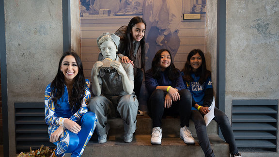 Learning Without Limits at the Rosie the Riveter Museum