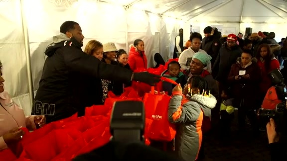 John Wall Family Foundation Thanksgiving Giveaway